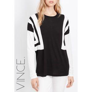 Vince. black & white geometric l/s top XXS 0227